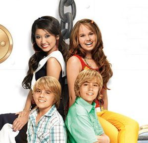 """Which """"The Suite Life on Deck"""" Character Are You?"""