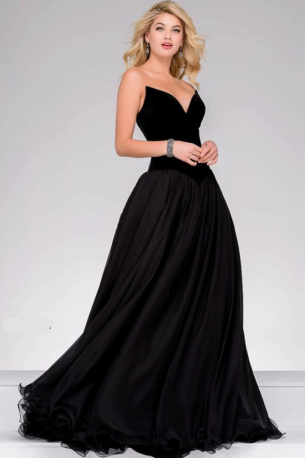 What Color Dress Should You Wear To Prom?