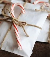 Cute and Easy Ways to Wrap a Present!